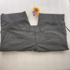 ARC'teryx  Women's taupe Capri pant